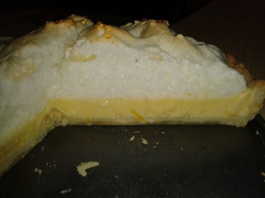 Lemon merigue tart